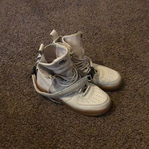 Nike winterized Air Force Ones.